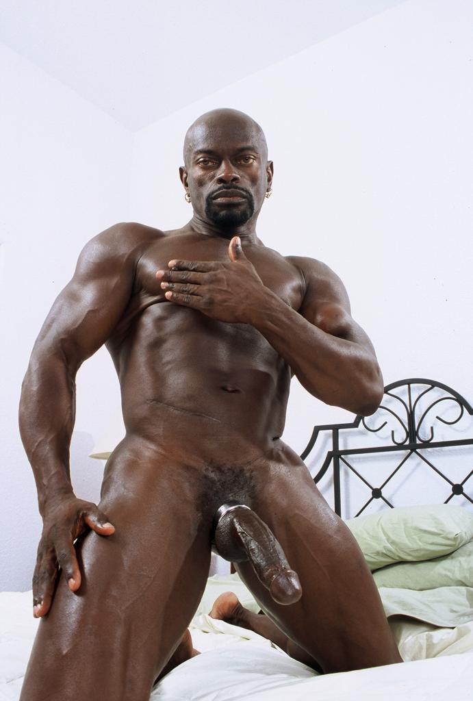 белый качок с черной секси
